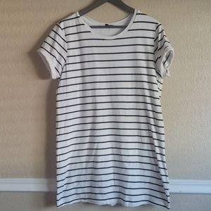 3/$25 Lulus stripped dress